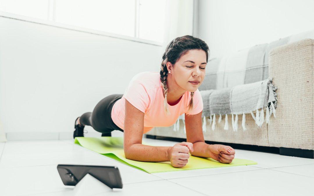 3 aplicativos para se exercitar sem sair de casa