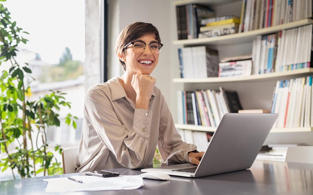 Home office: 3 dicas para transformar um quarto em escritório
